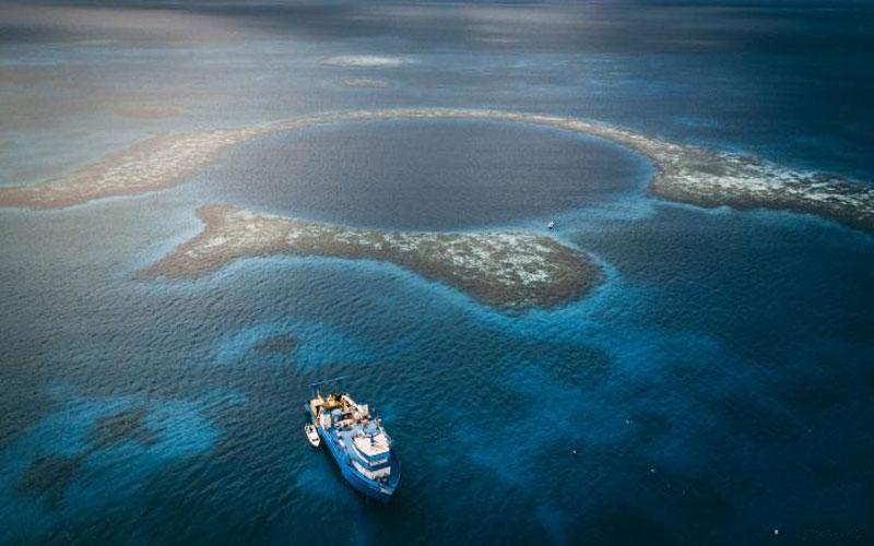 Những hố xanh sâu thẳm nhất thế giới