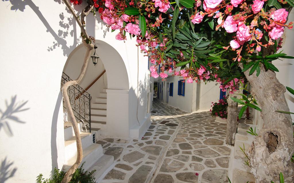 Đường xá ở Santorin, Hy Lạp