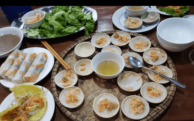 Những quán ăn vặt làm xiêu lòng thực khách ở xứ Huế (P1)