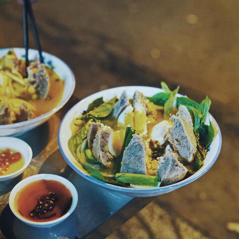 món ăn siêu to khổng lồ Sài Gòn