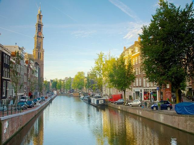 """Những kênh đào của """"Venice của Phương Bắc"""""""