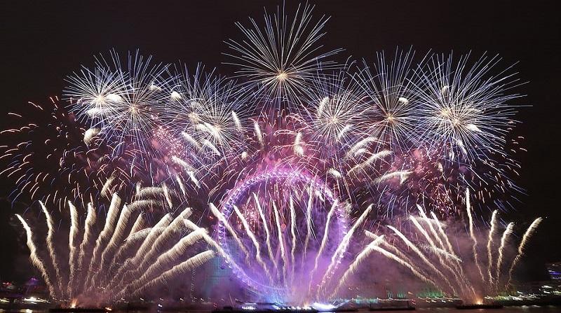 Chùm ảnh: Vương quốc Anh tưng bừng chào đón năm mới 2019