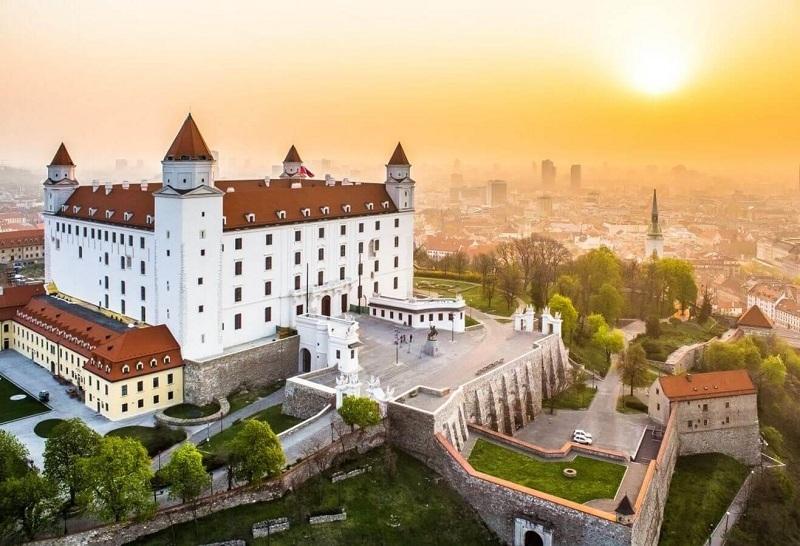 Thủ đô của Hungary được phong tặng nhiều danh hiệu mỹ miều như 'Paris phía Đông'