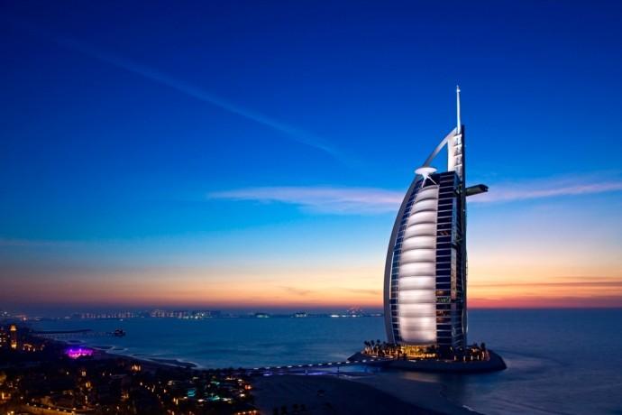 Một ngày thăm quan khách sạn 7 sao duy nhất trên thế giới