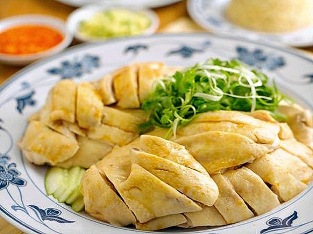 Món cơm gà Hải Nam có nước chấm xuất sắc nhất