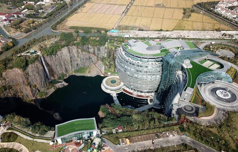 Khách sạn ở Trung Quốc hoạt động dưới lòng đất