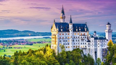 Lâu đài Neuschwanstein nước Đức