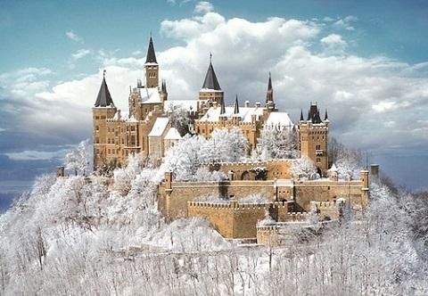 Giá tuyết cũng không thể che lấp vẻ đẹp của tòa lâu đài