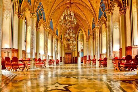 Sảnh Bá tước của lâu đài Hohenzollern