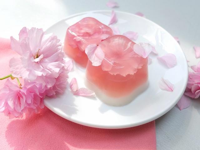 Thạch rau câu hoa anh đào – đặc sản cho mùa hè Nhật Bản