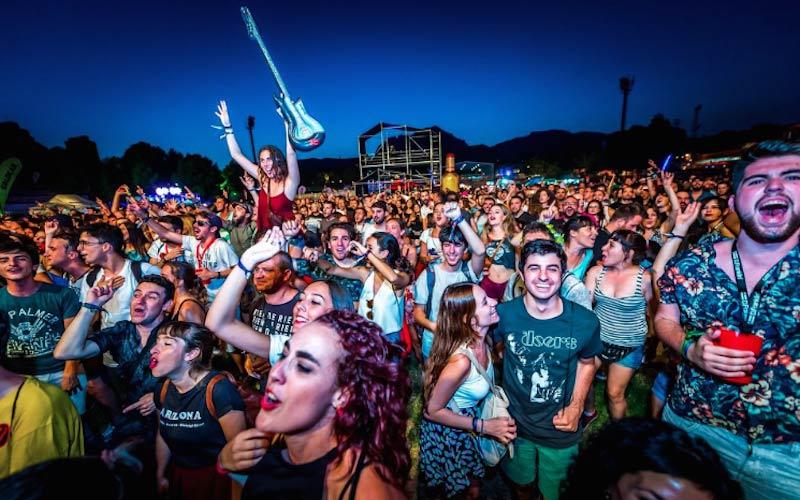 Tìm lại dư âm mùa xuân trong 7 lễ hội âm nhạc đình đám sắp diễn ra