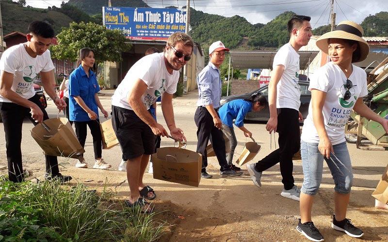 """Chương trình """"Du lịch chung tay bảo vệ môi trường, hạn chế rác thải nhựa"""" tại Sơn La"""