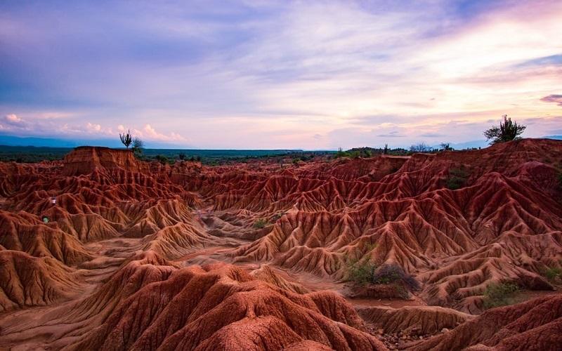 17 bức ảnh tuyệt vời về sa mạc Tatacoa siêu thực và kỳ lạ ở Colombia