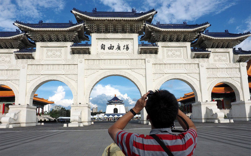 Trung Quốc cấm công dân du lịch tự túc đến Đài Loan