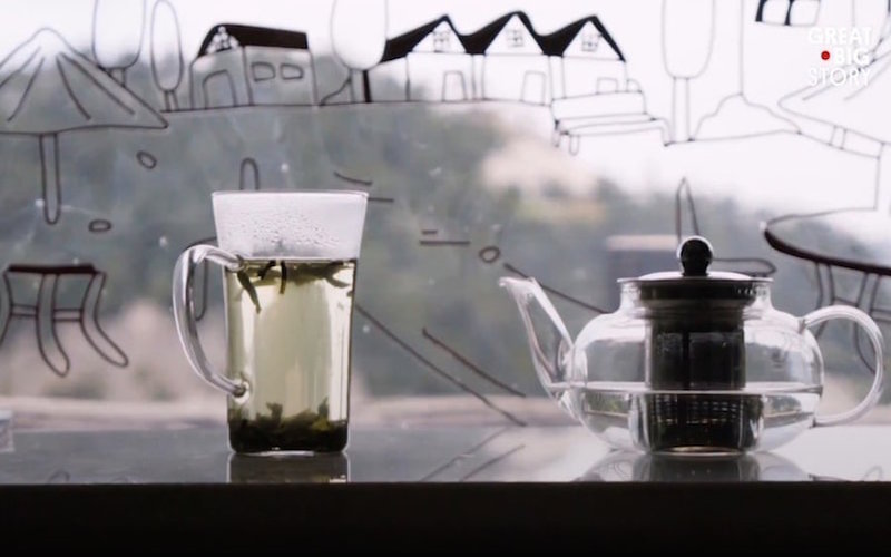 Uống trà luận đạo ở trên đỉnh núi cao hơn 2.000 m, bạn dám thử không?