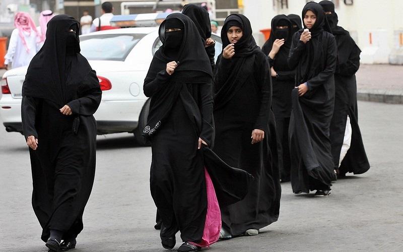 Ả Rập Saudi cho phép phụ nữ đi nước ngoài không cần đàn ông cho phép