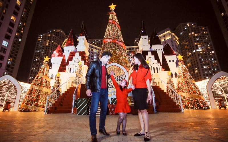 Check-in 5 địa điểm chơi Giáng sinh 2018 miễn phí tại Hà Nội