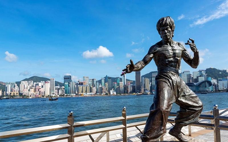 'Gặp' Lý Tiểu Long trên đất Hong Kong