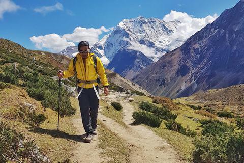 Hoàng Lê Giang kể về hành trình 8 lần chinh phục Himalaya