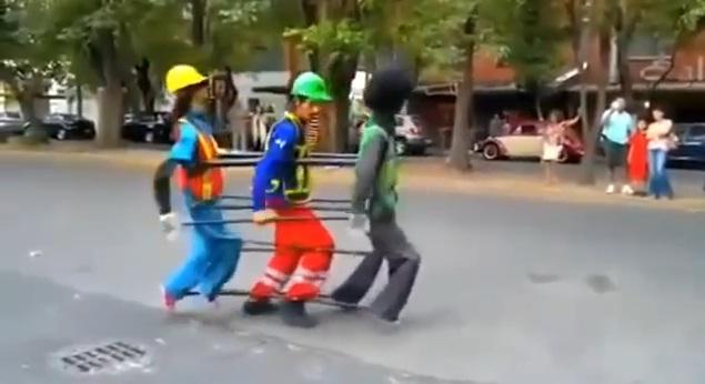 Điệu nhảy đường phố siêu sáng tạo và hài hước