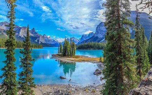 15 hồ nước đẹp đến khó tin ở Canada (p1)