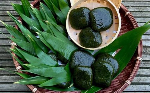 Bánh ngải xanh mướt thức quà giản dị của người Tày