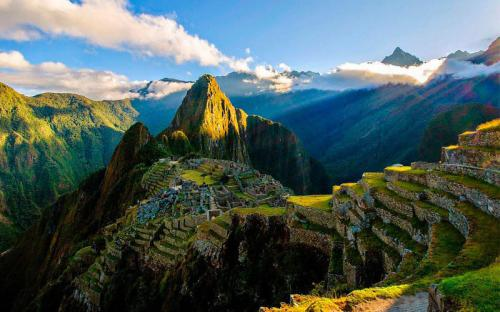 Lạc vào thế giới cổ đại với 7 tàn tích cổ tại Peru