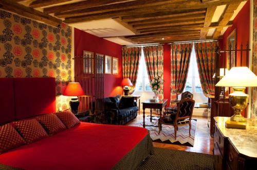 Trải nghiệm nét đặc trưng của Paris với những khách sạn nhỏ, giá rẻ