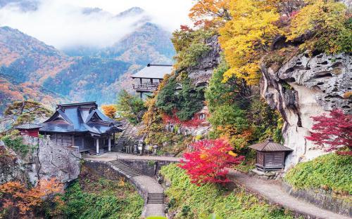 1.015 bước tới ngôi đền đẹp nhất nước Nhật