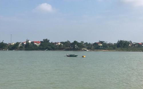 Ngược dòng Lam Giang