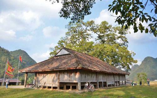 Độc đáo ngôi đình cổ mang kiến trúc nhà sàn truyền thống của dân tộc Tày ở Lạng Sơn