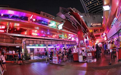 Phố đèn đỏ ở Bangkok, đâu mới là khu chuyên nghiệp nhất?