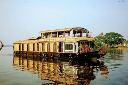 Đổi mới trải nghiệm du lịch với 5 nhà thuyền sang trọng ở Kerala, Ấn Độ