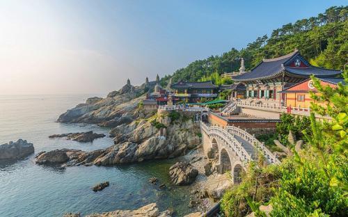 Top 3 ngôi chùa đẹp nhất xứ sở Kim Chi thu hút khách du lịch