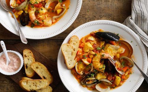 Bouillabaisse – món súp hải sản ngon nhất thế giới tại Marseille