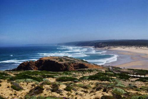 Mùa hè này đừng lỡ hẹn Algarve