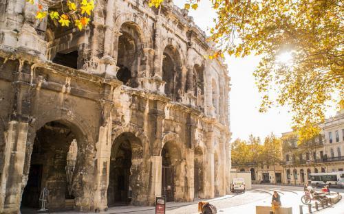 Những kiệt tác kiến trúc La Mã cổ đại ở thành phố Nimes