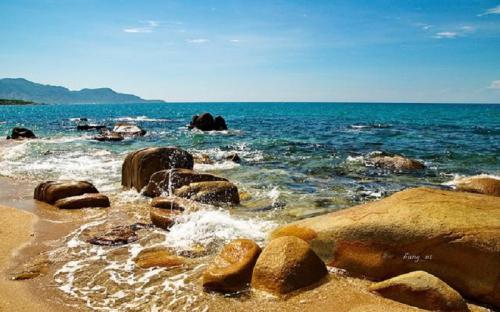Ninh Thuận có 3 bãi biển đẹp mê hồn