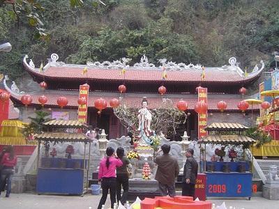 Chùa Long Tiên Quảng Ninh
