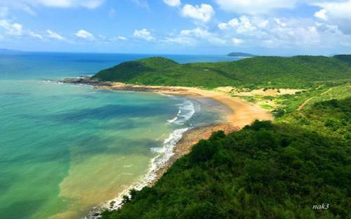 Hòn đảo hoang sơ của vùng đất địa đầu Đông Bắc