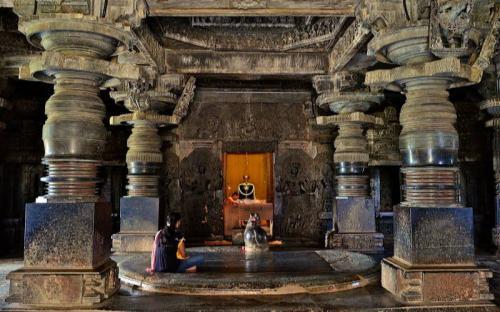 Khám phá ngôi đền Hoysaleswara 900 tuổi ở Ấn Độ