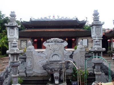 Đền Mẫu Lào Cai