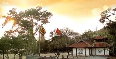 Đền Thõng - Cửa ngõ của Tây Thiên