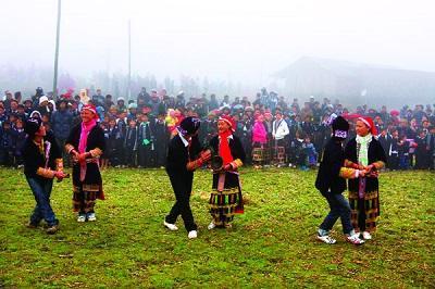 Phong tục đón tết của người Lào Cai