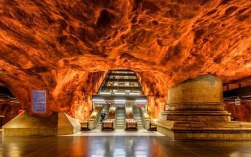 Chiêm ngưỡng những ga tàu điện ngầm ấn tượng nhất Stockholm - Thụy Điển