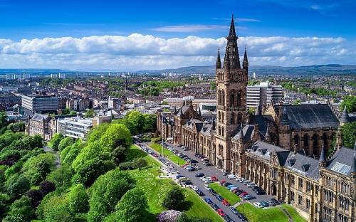 Làm gì khi tới Glasgow vào mùa hè?