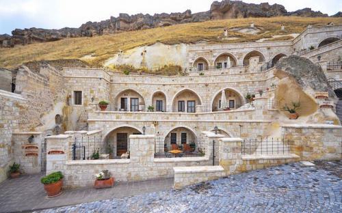 Cappadocia: Hang động cổ cũng có thể biến thành khách sạn chuẩn 5 sao đây này