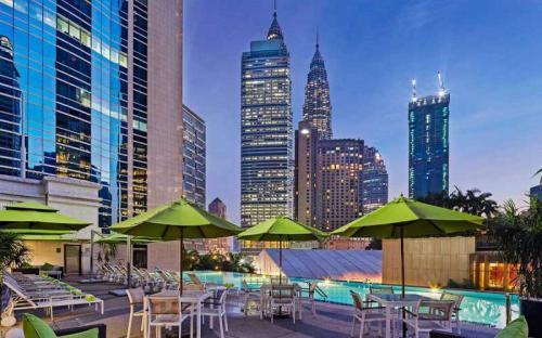 9 khách sạn với hồ bơi ngoài trời ở Kuala Lumpur chỉ từ $45/đêm