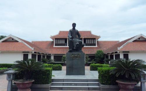 Khu lưu niệm Nguyễn Du – điểm nhấn của du lịch Hà Tĩnh