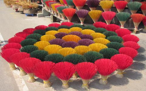 Tới miền đất cố đô ghé thăm 7 làng nghề truyền thống nổi tiếng